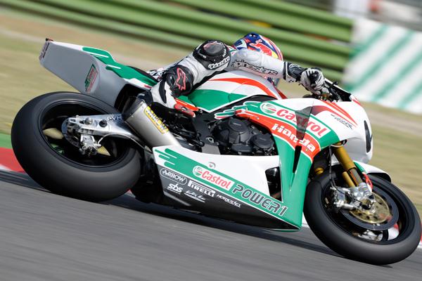 Jonathan Rea (Castrol Honda), vincitore di Gara 1 ad Imola