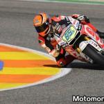 Stefan Bradl in azione sulla LCR Honda a Valencia