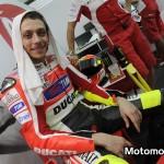 Valentino Rossi nel paddock dopo una giornata di test a Sepang