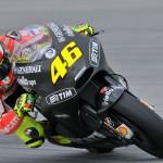 Valentino Rossi sulla Ducati GP12 in livrea nera durante la seconda sessione di test invernali a Sepang - foto 2