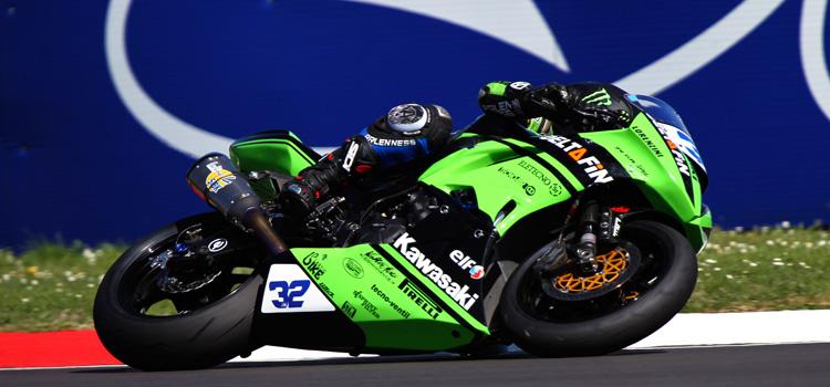 Sheridan Morais, Kawasaki DeltaFin Lorenzini, il più veloce del primo turno di qualifiche in Supersport