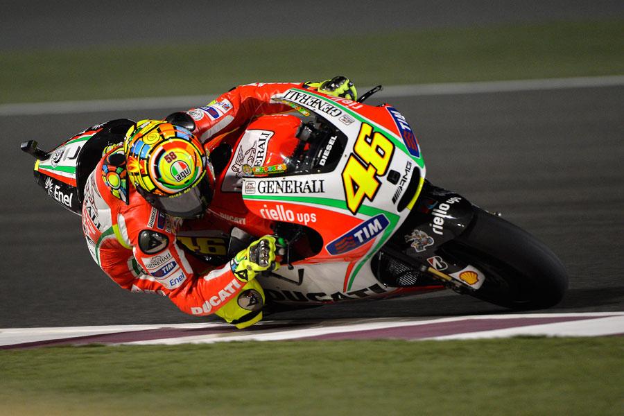 Valentino Rossi durante le prove libere a Doha (MotoGP 2012)