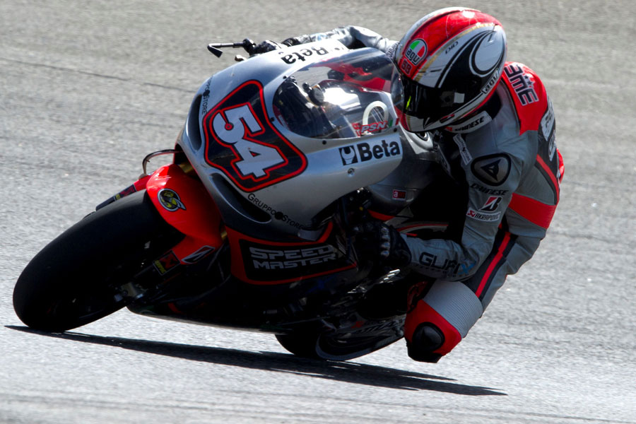 Mattia Pasini durante la gara all'Estoril