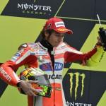 Rossi sul podio di Le Mans 2012 (2)