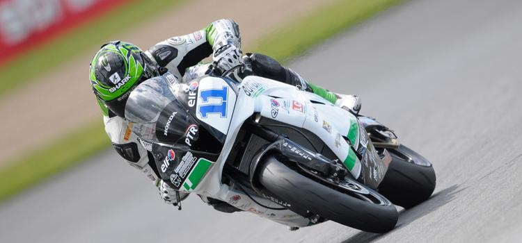 Sam Lowes, nelle qualifiche della Supersport a Donington