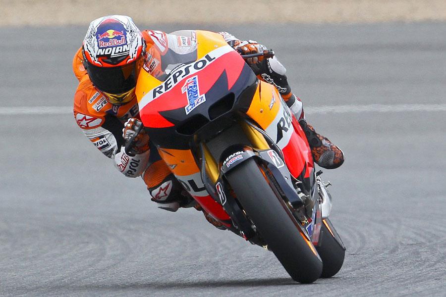 Casey Stoner (Repsol Honda), leader in Silverstone FP2 - MotoGP 2012