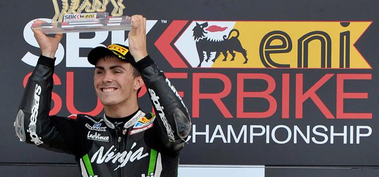 Loris Baz (Kawasaki Racing Team), vincitore gara 1 (Superbike 2012)