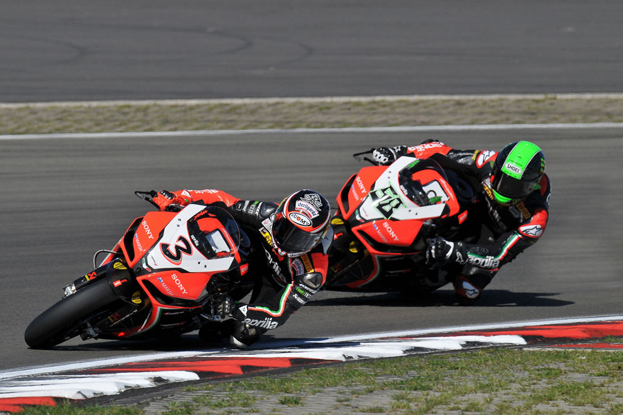 Max Biaggi ed Eugene Laverty (Aprilia Racing Team), Q1 Nurburgring - SBK 2012