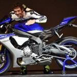 Valentino-Rossi-YZF-R1-EICMA
