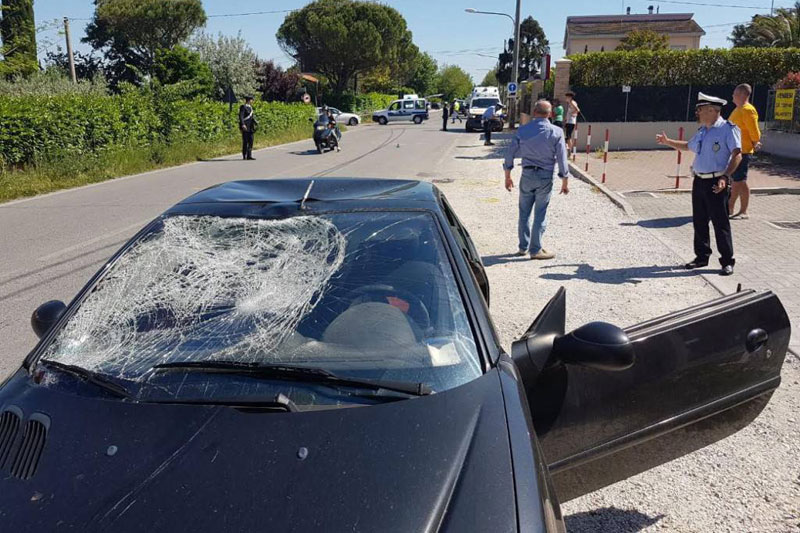 peugeot 206 incidente Hayden Riccione