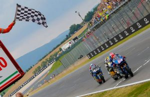 Mattia Pasini vittoria Mugello 2017 Moto2
