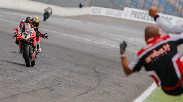 Superbike: trionfo bis per la Ducati in Germania con Davies