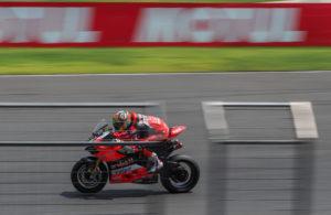 Davies-vittoria-Gara2-SBK-Tailandia